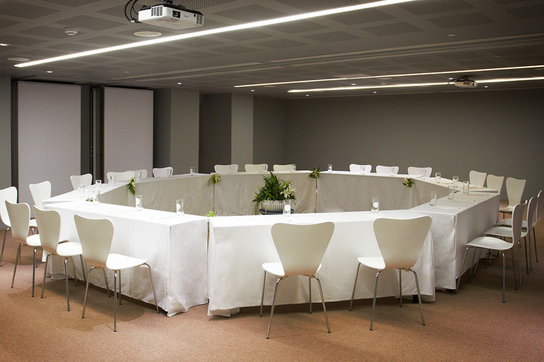 Meeting Rooms - COMO Point Yamu