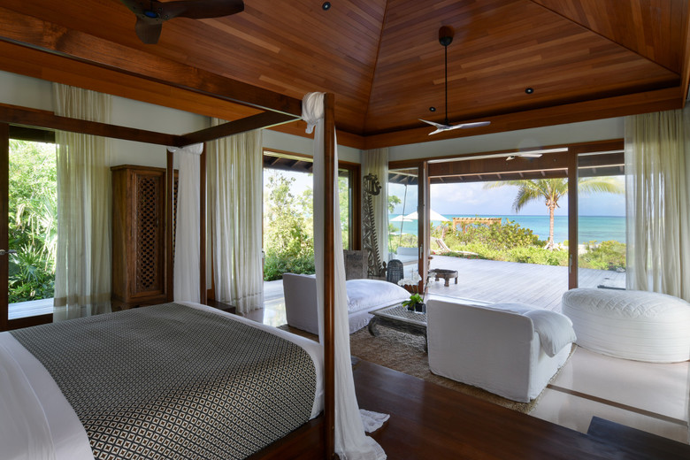 Parrot Cay - Love Pumpkin - Main House - Master Bedroom